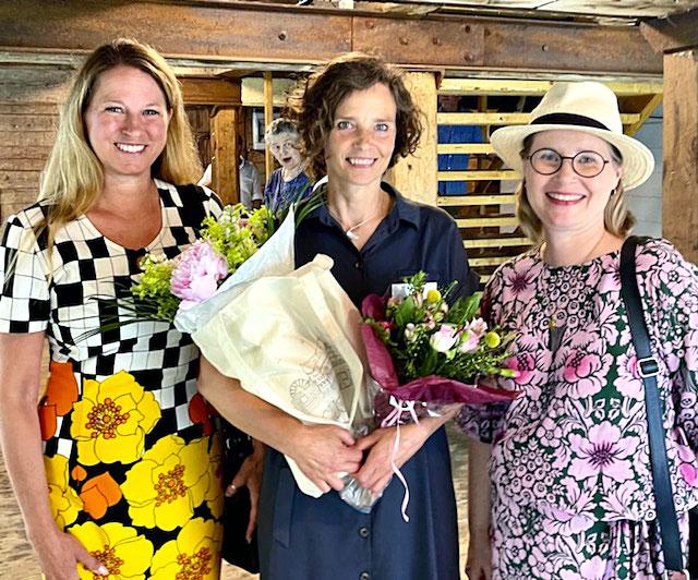 Helena Karlberg, ordförande Svenska Designsällskapet, Suzanne Möller, projektledare och Stina Juhlin, Myra.